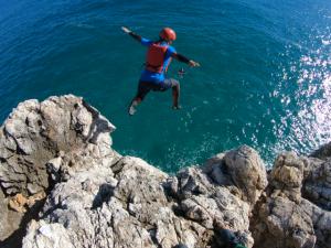 Cliff jumping, Sagres