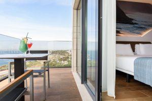 4 Star Hotel On The Lisbon Coast