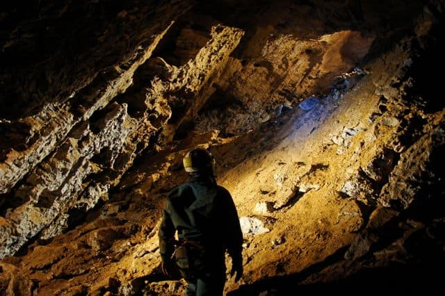 Speleology caving team building activity in Sesimbra near Lisbon
