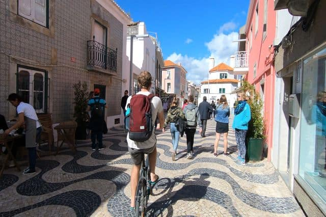 Cycling tour on the Lisbon and Cascais coast for team building